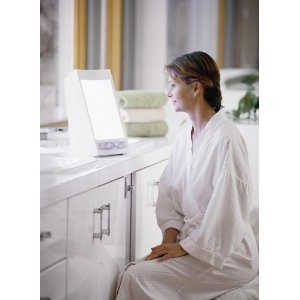 Nature Bright SunTouch Plus Light and Ion Therapy Lamp 2